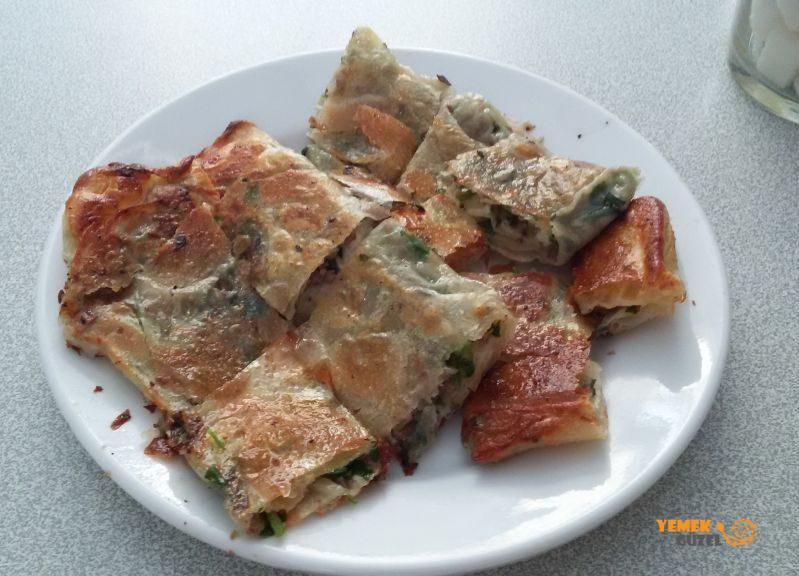 Börekçi Tevfik - Kıymalı Antalya Böreği