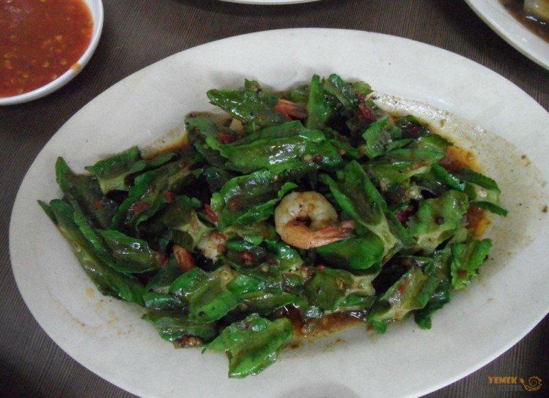 Malezya Mutfağı, Malezya Yemekleri, Karidesli Kanatlı Fasulye