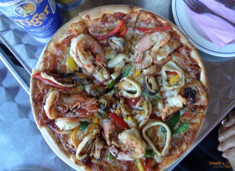 Malezya Mutfağı, Malezya Yemekleri, Muhteşem Pizza
