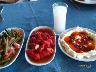 Bucaspor Sevenler Derneği Lokali, İzmir Meyhaneleri