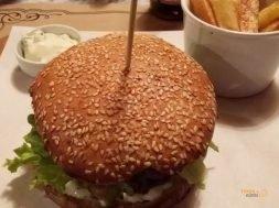 La Puerta, Hamburger