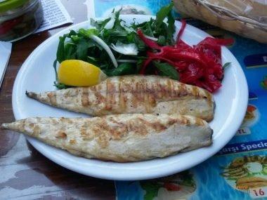 Uskumru Izgara, Çarşı Balık