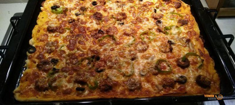 Ev Yapımı Pizza Tarifi – Pizzamız