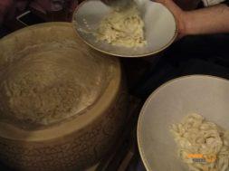 Parmesan Tekerinde Makarna Baffino, Happy Italy