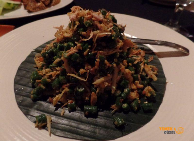 Endonezya Yemekleri - Lawar Kacang - fasulye salatası
