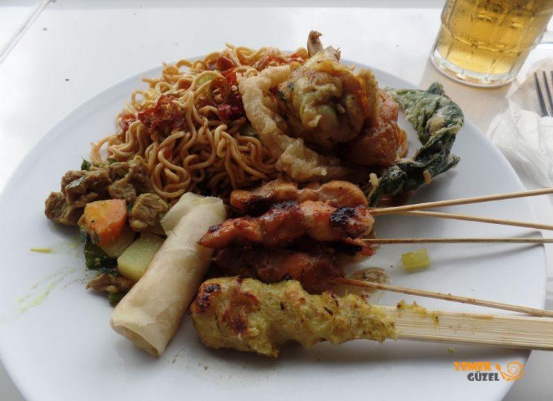 Endonezya Yemekleri, Sate Lilit
