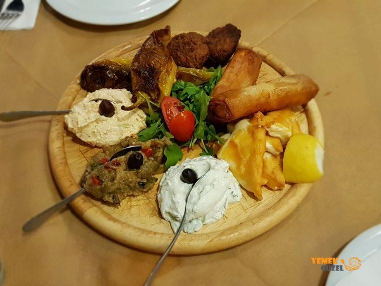 Nafplio'da Geleneksel Yunan Tavernası - Tavern Vasilis