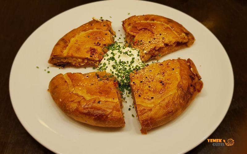 Pie, Manh Manh - Atina'da Çağdaş Yunan Mutfağı