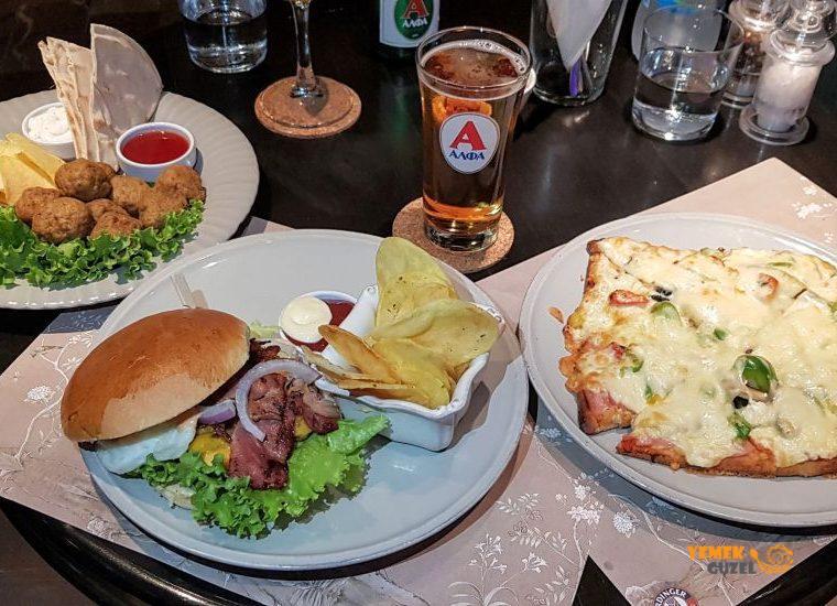 Xenon Cafe - Nafplio'da Harika Cafe Bar