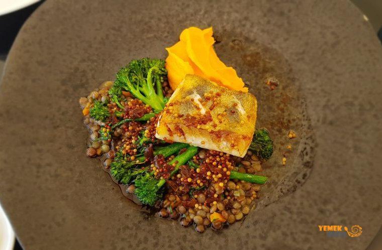 Hergetova Cihelna - Yerel Çek Mutfağı - Sudak Balığı (Pike Perch)