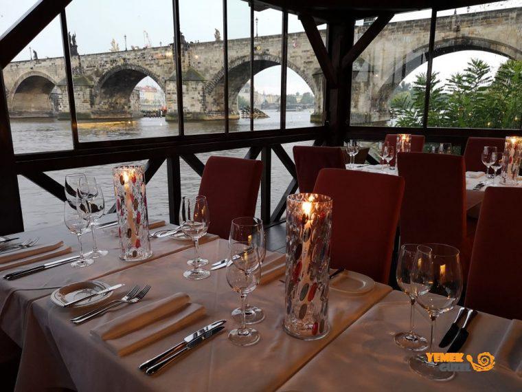 Kampa Park - Prag'da Gurme Yemek - Mazara Charles Bridge