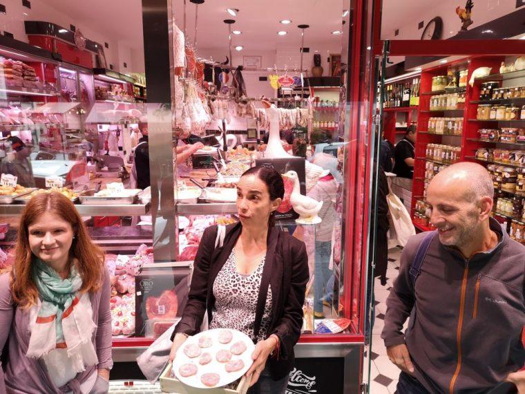 Şarküteri Alışverişi, Montmarte yemek turu, Secret Food Tours